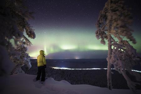 Mit Ihrem Glücksstein auf Polarlichtsuche