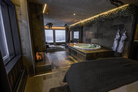 Suite Bärenhöhle mit Whirlpool