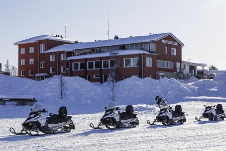 Winter, Wildnis und Weite am Inari-See